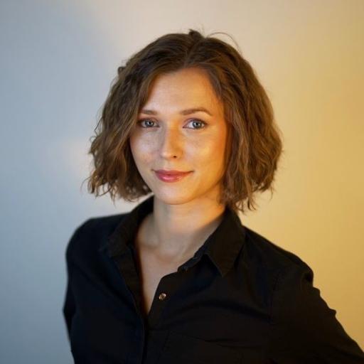 Аватар Julia Miller