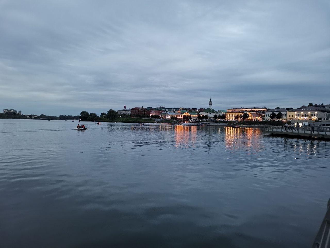3. Набережная озера Кабан(уже с другой стороны)
