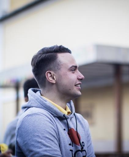 Аватар Евгений Ботов