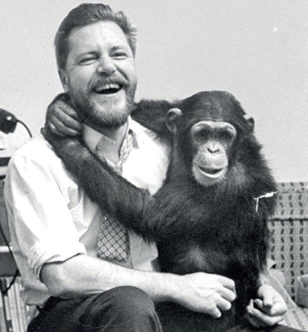 Джеральд Даррелл (слева)