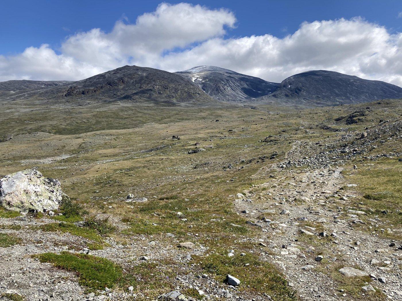 Потом красивое плато.