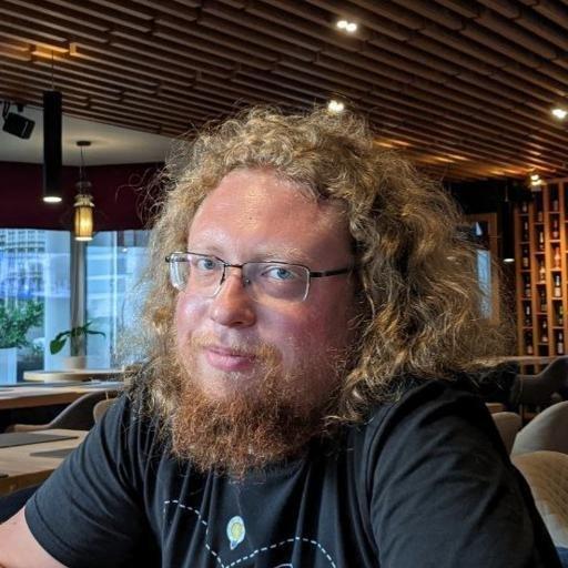 Аватар Илья Лебедев