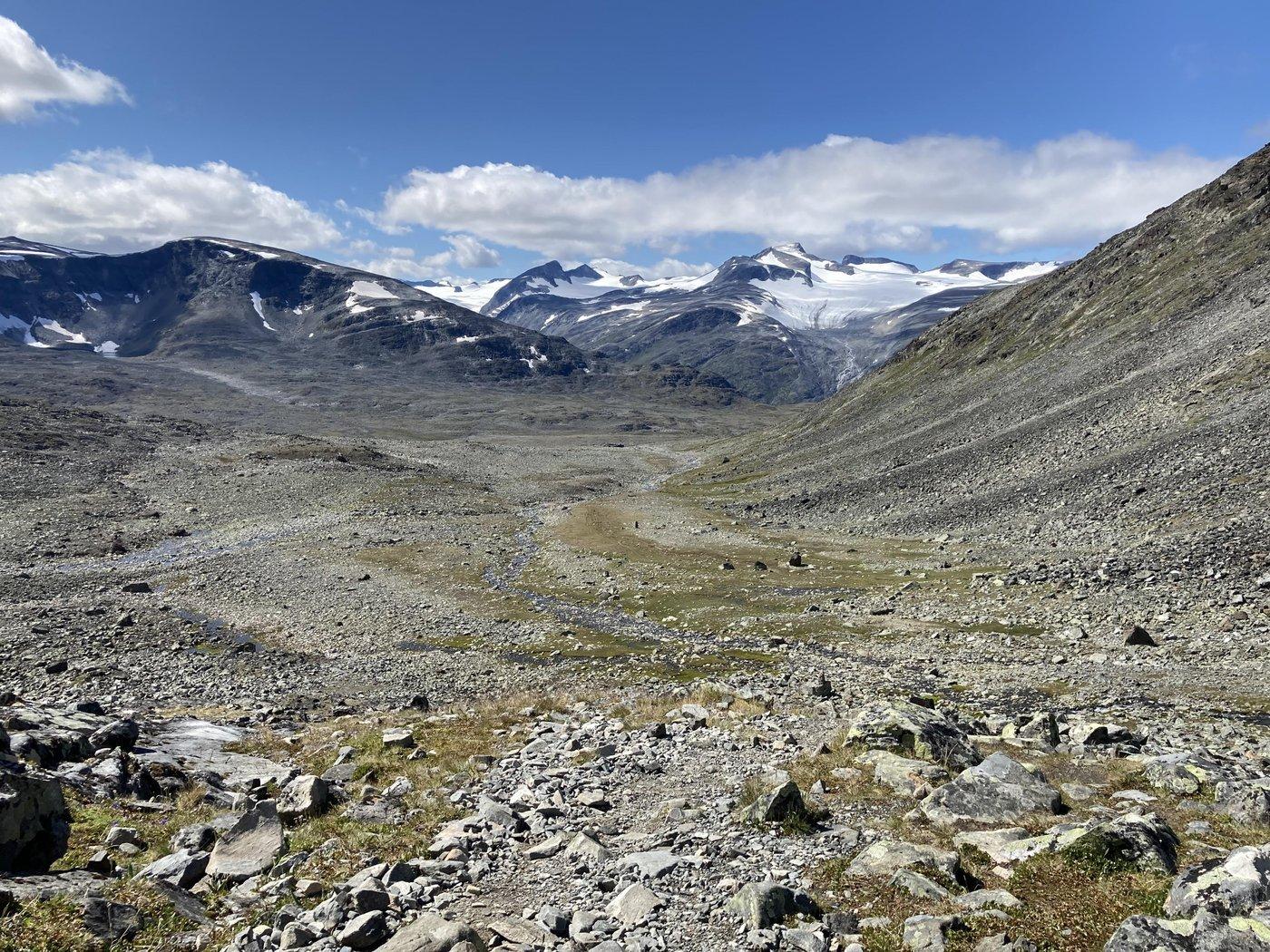 С видами на ледники.