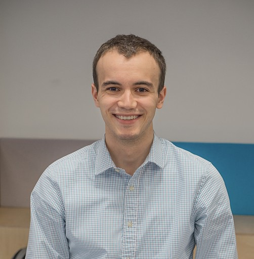 Аватар Oleg Tsvetkov